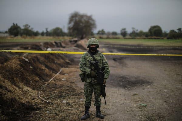 Militar en zona de exclusión