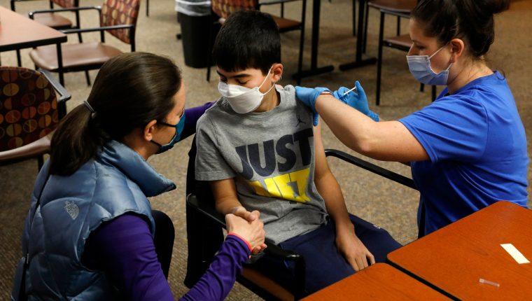 México listo para vacunar a adolescentes contra covid desde los 12 años