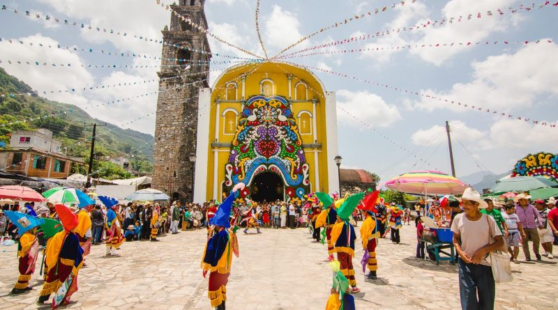 25 de julio, día del pueblo de Nanacatlán; un día de tradición, historia, música y danza.