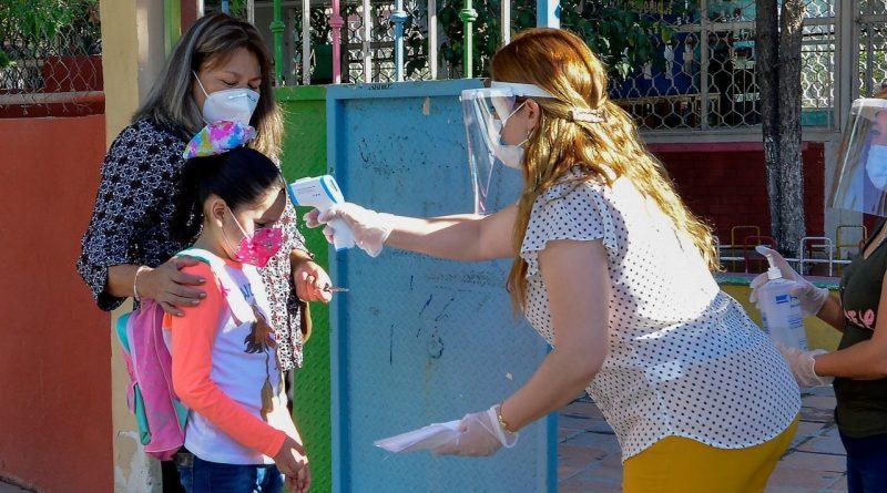 Regreso a las aulas en México: Presidencia reconoce esfuerzo comunitario para hacerlo posible