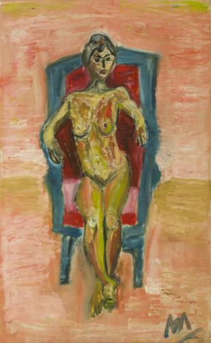 Mujer en su sillón